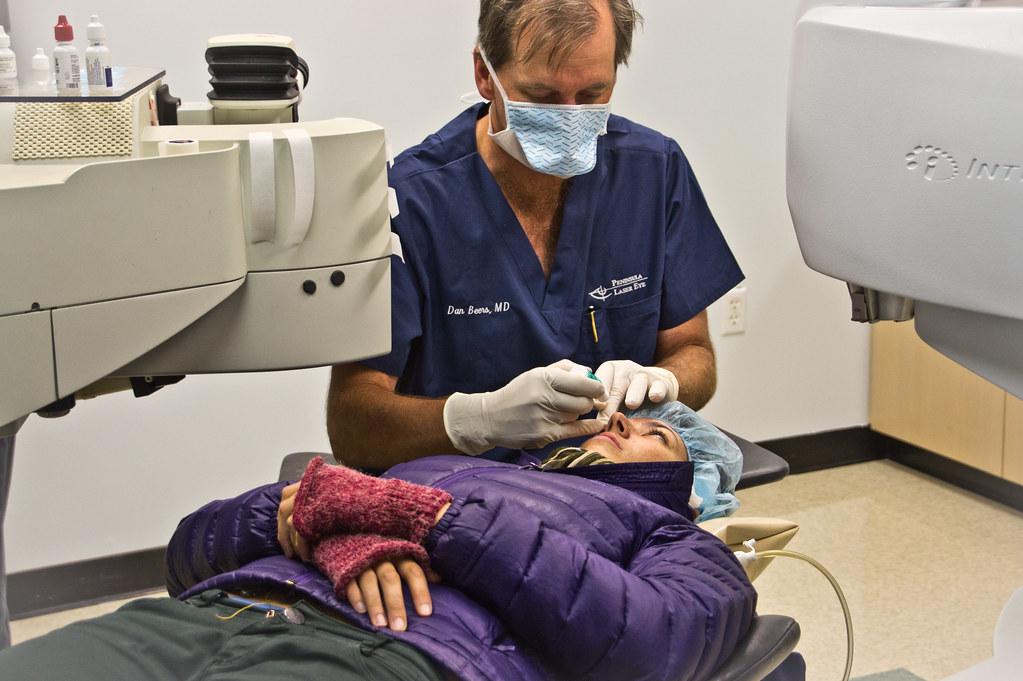 جراحة الليزيك تسبب جفاف العين