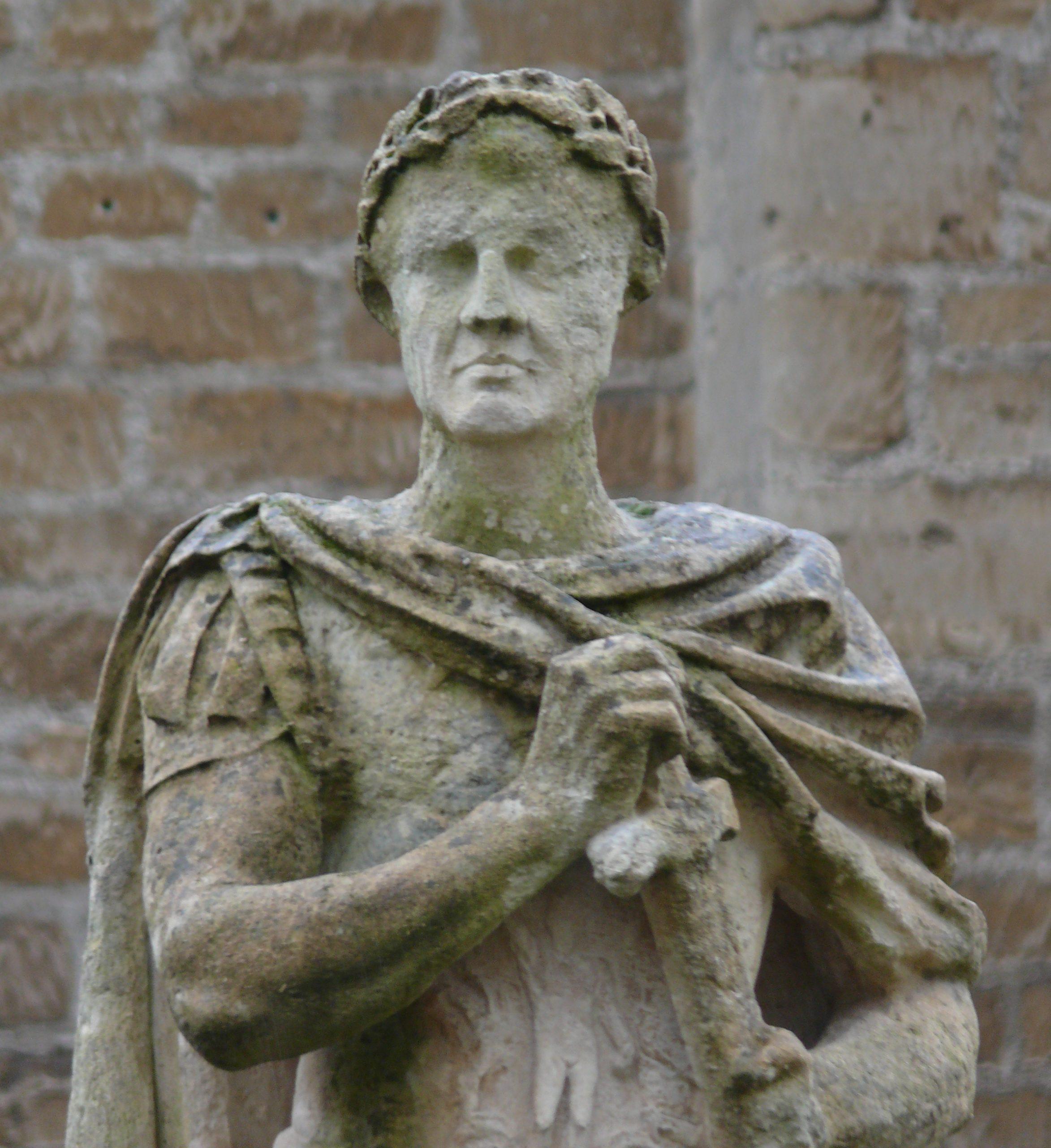 تمثال للإمبراطور فسبازيان