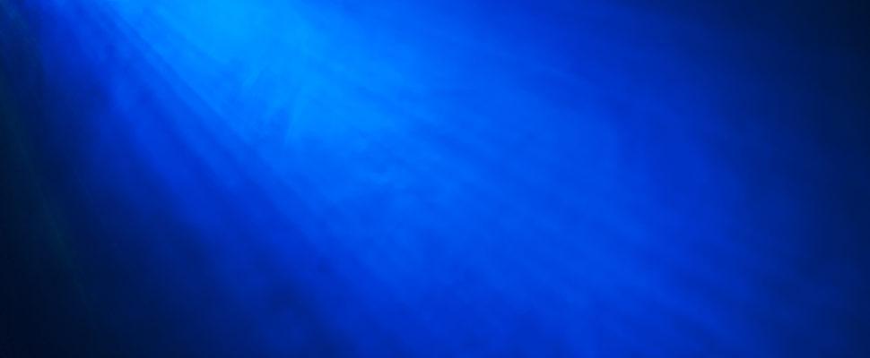 اللون الأزرق