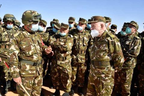 مناورات للجيش الجزائري قرب موريتانيا بمشركة قائد الأركان الفريق سعيد شنقريحية