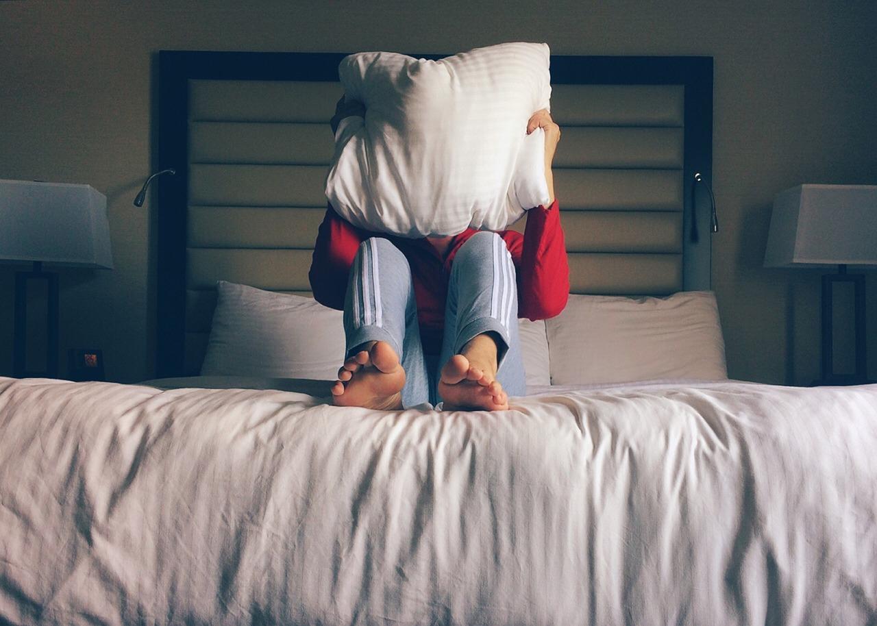 الخوف من الوحش أسفل السرير